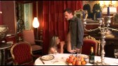 Vanessa Goldi et Electra : Champagne, chateau, porno 3